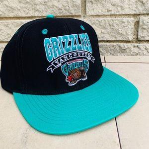 🔥Vintage memohis grizzlies snap back hat